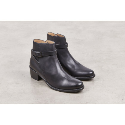 Ewen Black Anilcalf Cuir