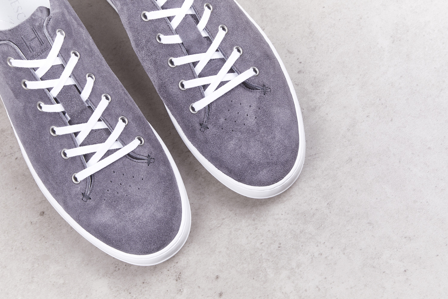 COURT Anthracite Calf Suede Nuage Street